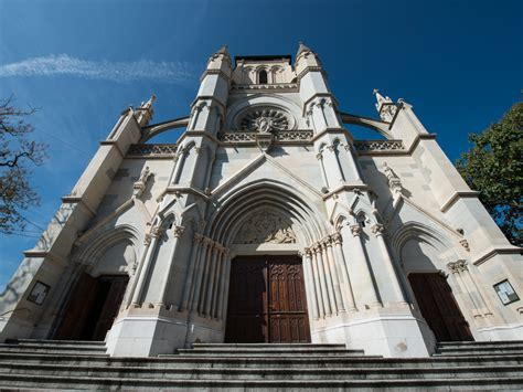 Basilica of Notre-Dame - On the Pilgrimage Route
