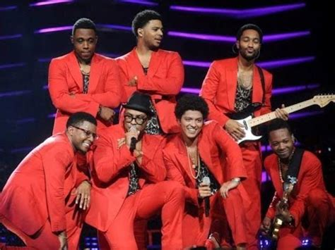 """Bruno Mars """"Just the Way You Are"""" Live in Washington DC"""