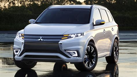 Outlander PHEV Concept-S Unveiled, is Handsome - The News