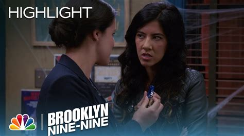 Brooklyn Nine-Nine - Rosa and Amy Join Forces (Episode